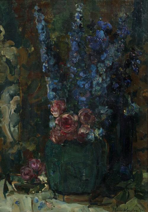 Floris Verster-Blauwe Ridderspoor and mandroosjes in a vase